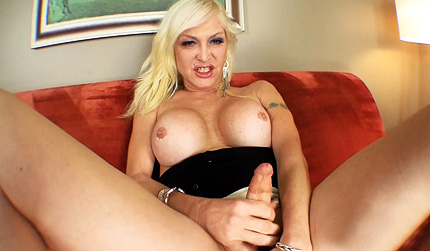Olivia couch Delicious Olivia jerks & fingers. Olivia Love.